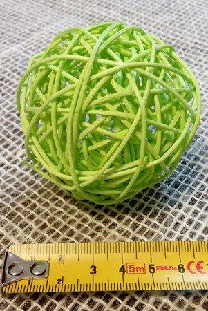 Dekoracyjna kula rattanowa średnica 7 cm kolor zielony